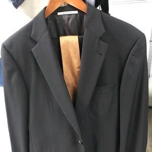 Men's Burberry wool suit